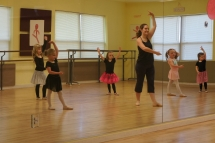 Highlight for album: Emily in Dance Class